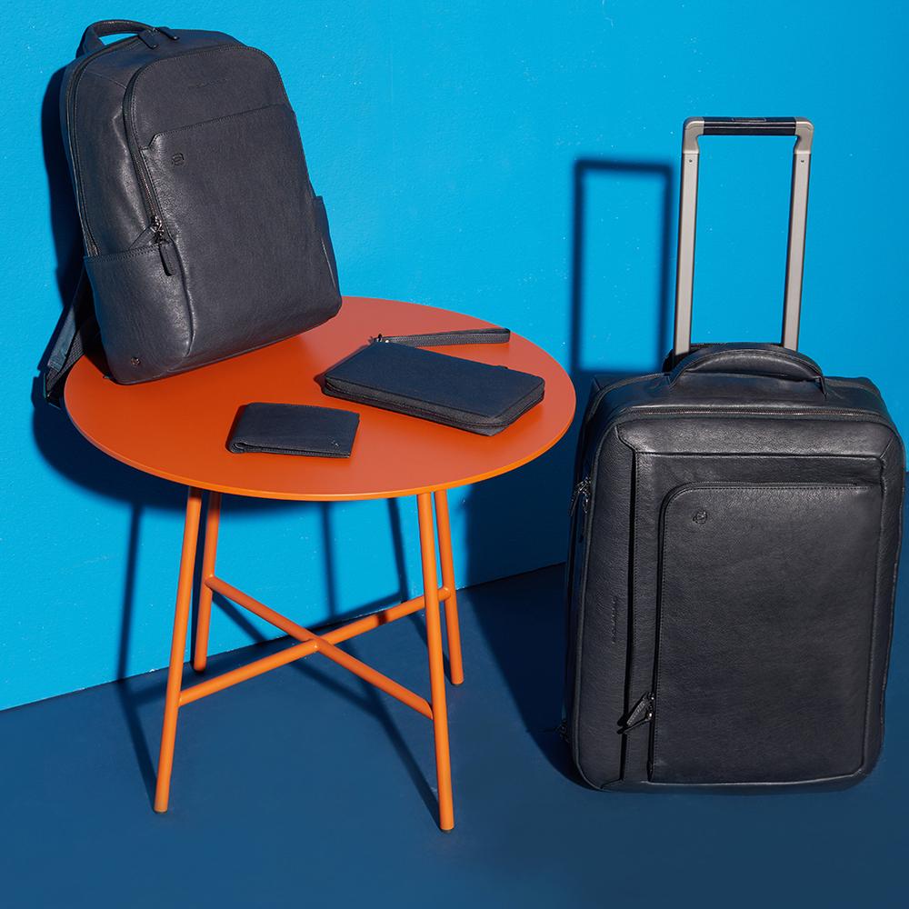 Кожаный чемодан для ручной клади