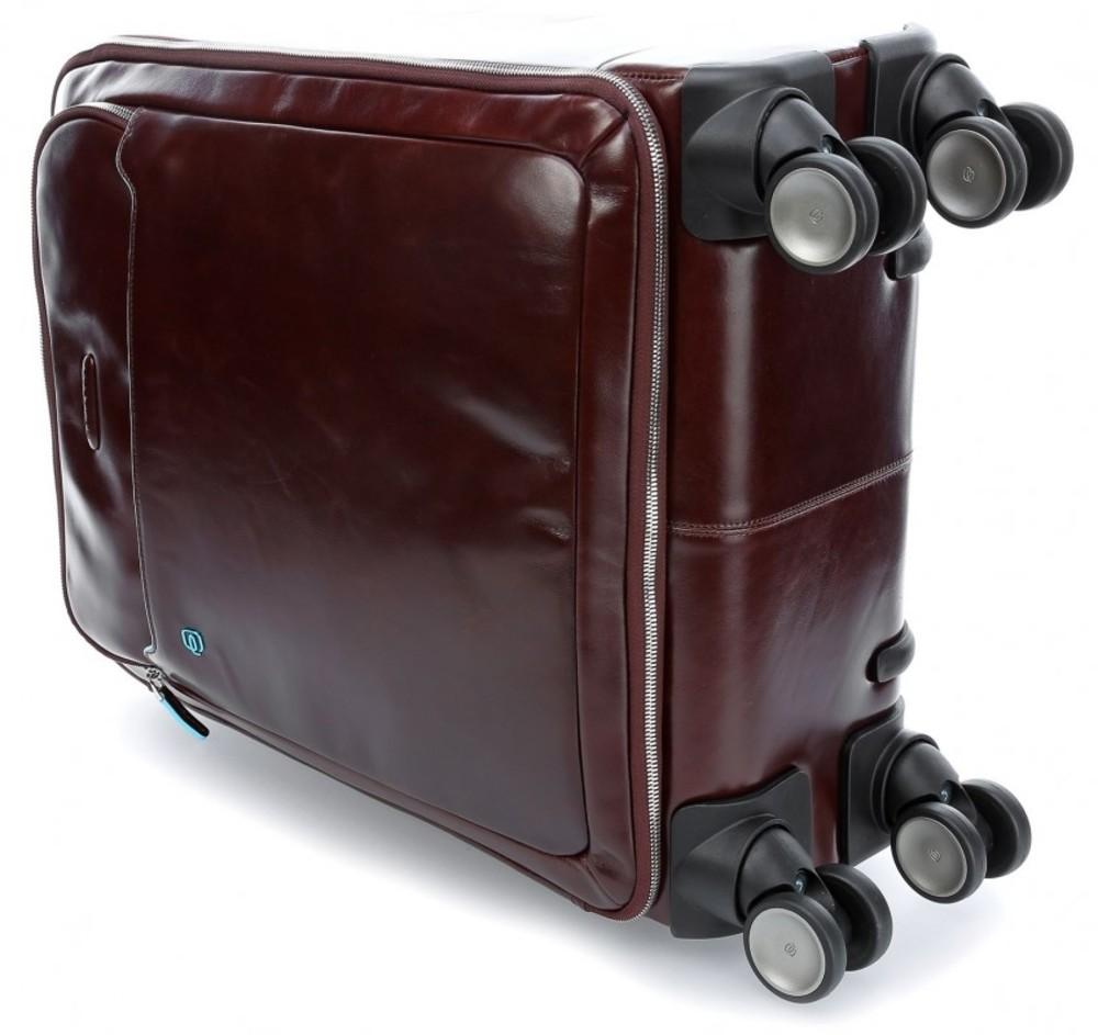размер маленького чемодана