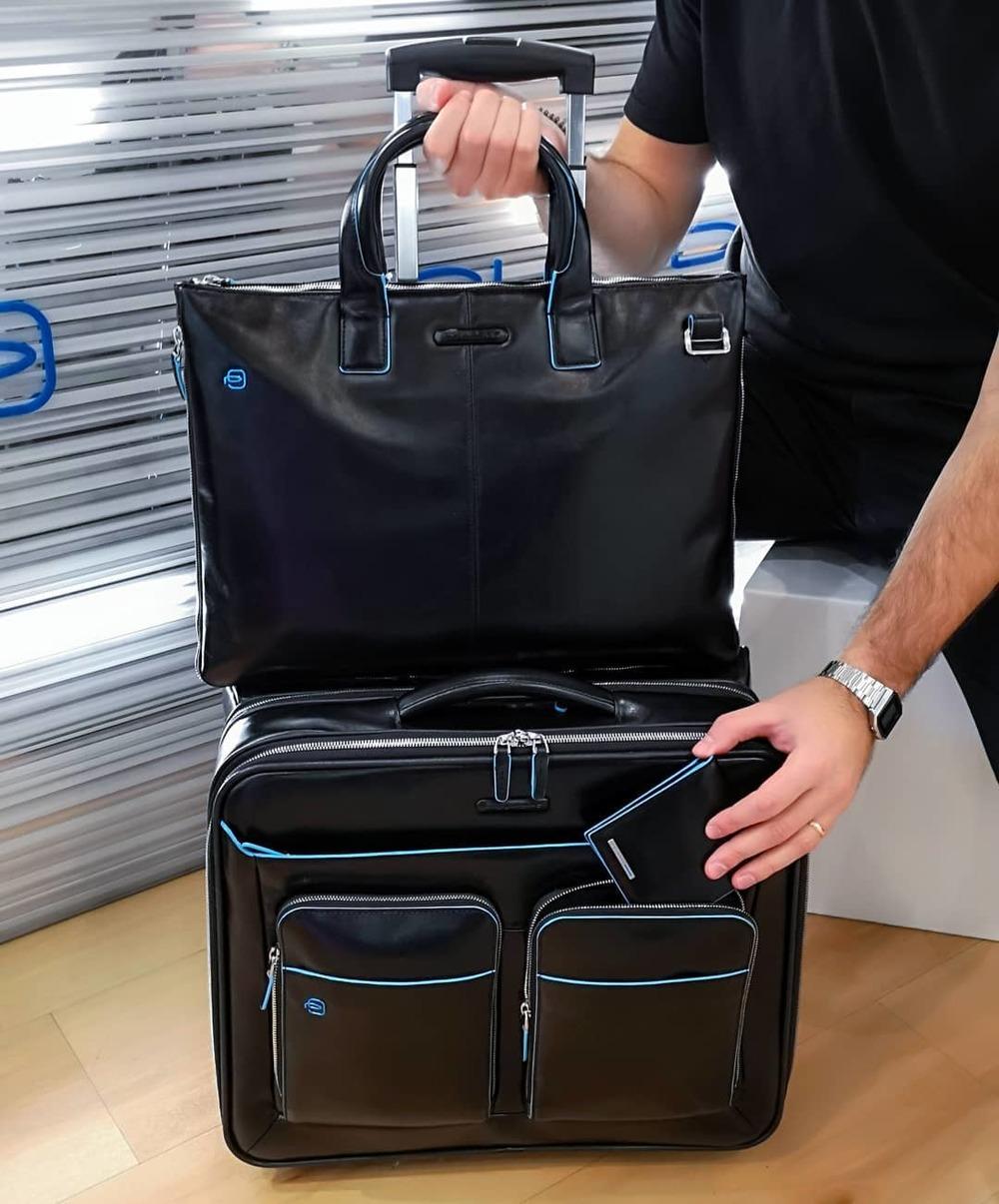 чемодан 24 дюйма