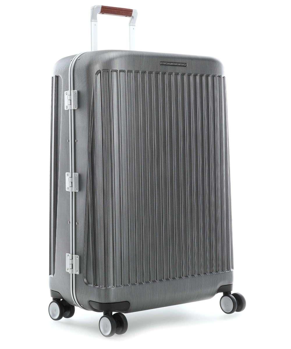 размер чемоданов на колесиках